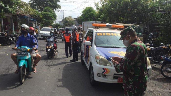 17 Kendaran Parkir di Badan Jalan Ditindak di Denpasar, 3 Ditilang