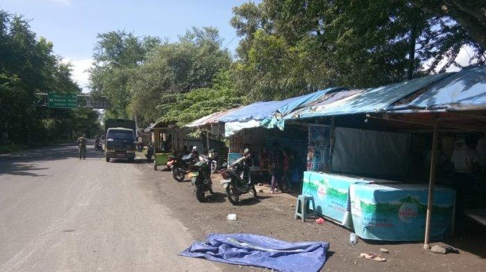 Digusur, Puluhan Pedagang Pindah Dari Depan Terminal Cargo ke Anjungan Betutu Gilimanuk (ABG) Bali