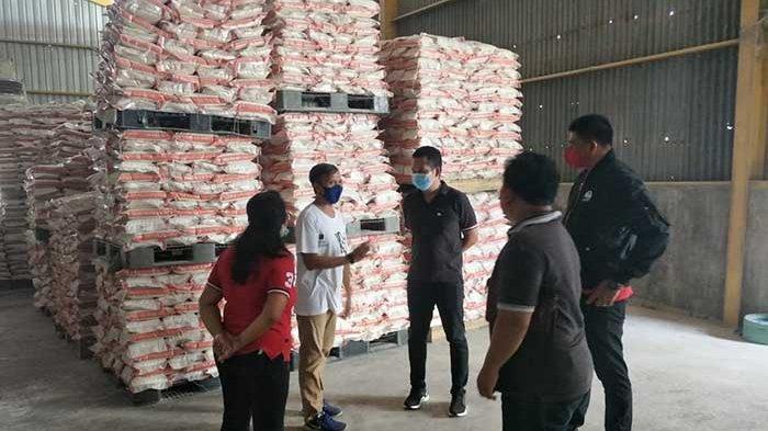 PDI Perjuangan Jembrana Sumbang 3.000 Paket Sembako ke Warga Terdampak Pandemi Covid-19
