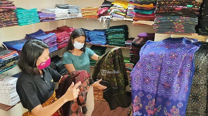 Di Balik Kerja Sama dengan Dior, Kain Endek Bali Kini Alami Degradasi dan Kekurangan Bahan