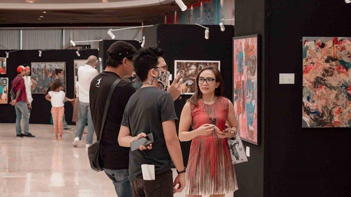Seminyak Village Bali Gelar Pameran Lukisan Bertajuk First Art Group Painting Exhibition