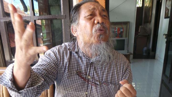 TRIBUN WIKI - Samar Gantang Dikenal sebagai 'Penyair Leak', Ini Profilnya