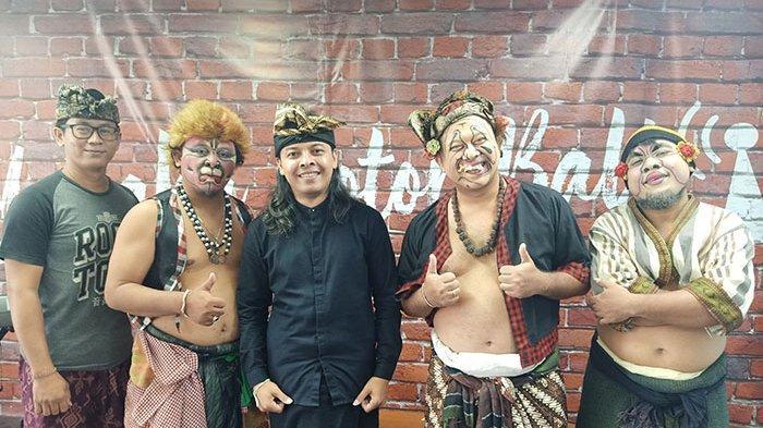 Penyanyi Pop Bali Widi Widiana Hadir Sebagai Bintang Tamu dalam Acara Makedekan Ajak Clekontong Mas