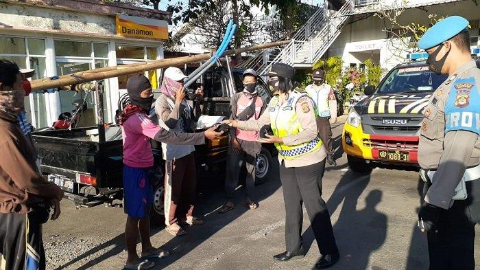 Tukang Ledeng Diminta Putar Balik Tim Gabungan PPKM Darurat di Sukawati Gianyar