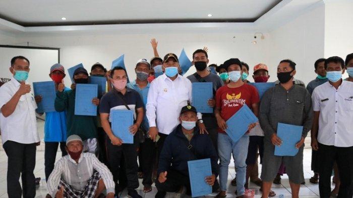 Pastikan Nelayan di Jembrana Bali Melaut, Bupati Tamba Bagikan Rekomendasi Bahan Bakar
