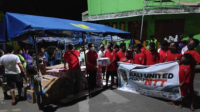 Bantuan Kemanusiaan Bali United Berlanjut, Kali Ini Sambangi Korban Longsor di Kota Kupang NTT