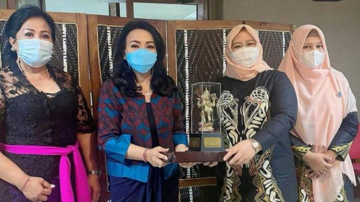 TP-PKK Kota Makassar Apresiasi Berbagai Prestasi TP-PKK Kota Denpasar