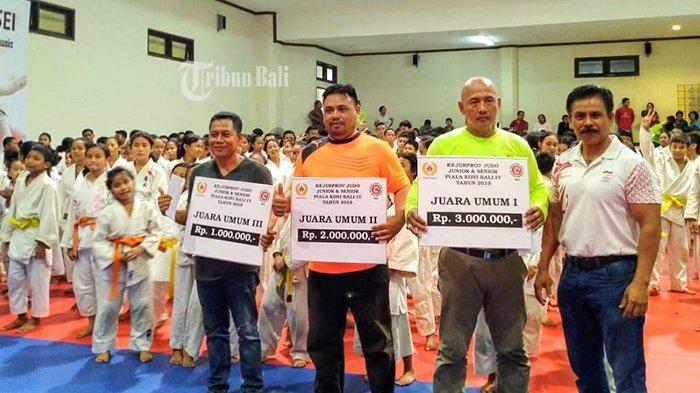 Raih Total 40 Medali, Denpasar Juara Umum Kejurprov Judo Bali 2019
