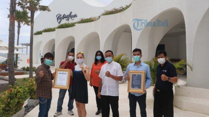 Dispar Bali dan PT. Sucofindo Berikan Sertifikat I Do Care Kemenparekraf kepada Cafe del Mar