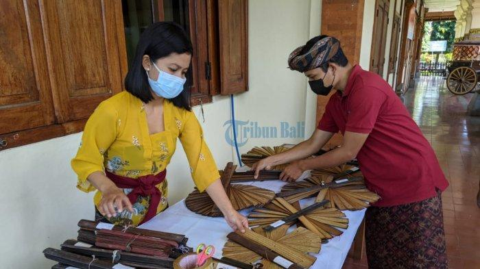 Rencanakan Alih Bahasa Lontar, Museum Semarajaya Klungkung Siap Terima Sumbangan Lontar dari Warga