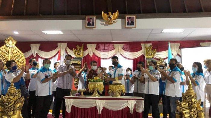 Bupati Suwirta Harapkan KNPI Klungkung Bisa Menjadi Pelopor Entrepreneur Masuk Desa