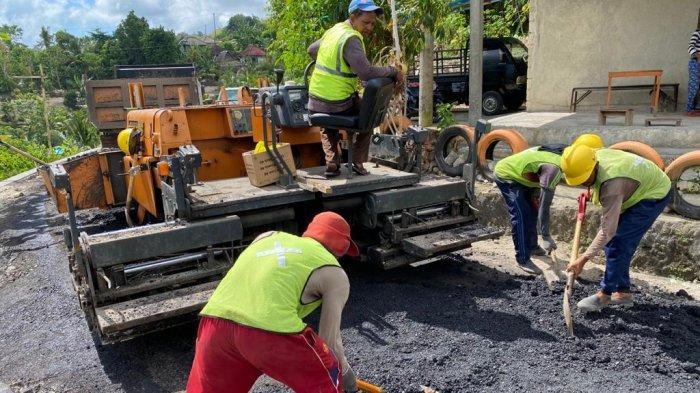 Sembilan Ruas Jalan Kabupaten di Klungkung Belum Tertangani