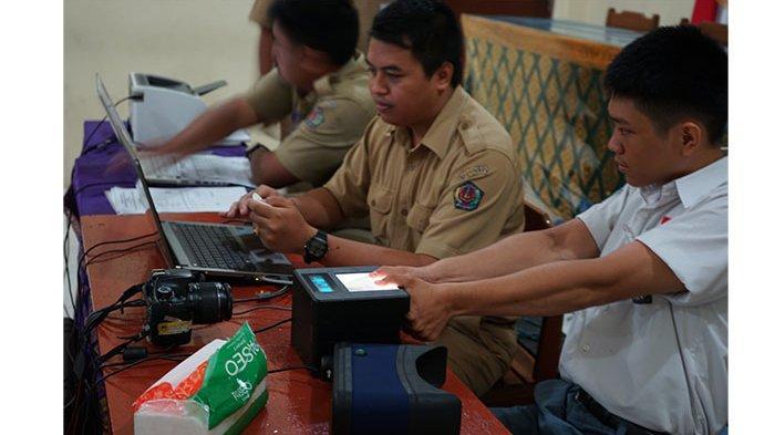 Tahun 2020, 32 SMA/SMK di Denpasar Disasar untuk Perekaman e-KTP