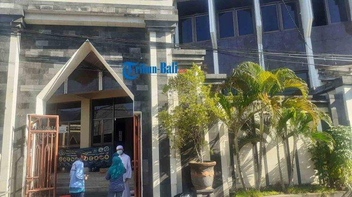 Jelang Malam Pertama Shalat Tarawih, Begini Persiapan di Masjid Raya Ukhuwwah Denpasar Bali