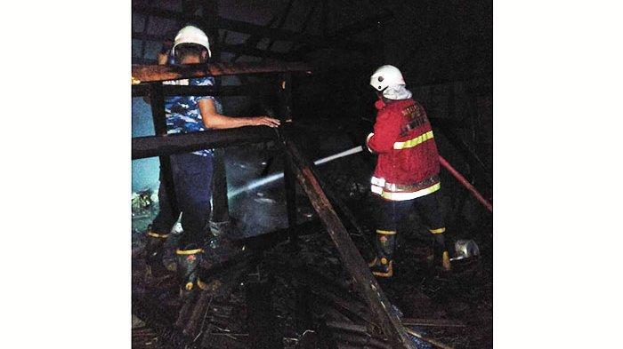 Diduga Korsleting listrik, Sebuah Dapur di Petang Badung Terbakar, Kerugian Capai Rp50 Juta Lebih