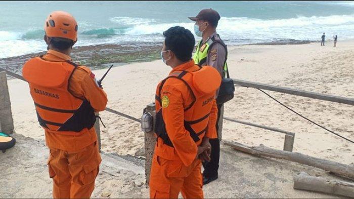 Pencarian Hari Kedua, Pria yang Hilang Terseret Arus di Pantai Dreamland Badung Belum Ditemukan