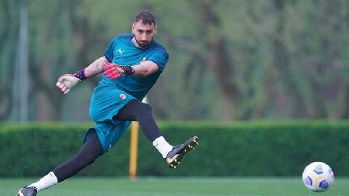 Pertemuan Donnarumma dengan Ultras Rossoneri Memanas, Ancam Tak Usah Main di Laga AC Milan vs Juve