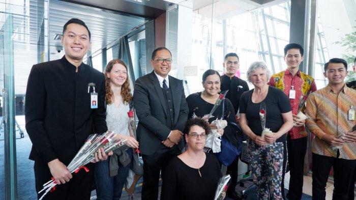 Perayaan Hari Kartini, Garuda Indonesia Gelar Kartini Flight Diawaki Kru Pesawat Pria