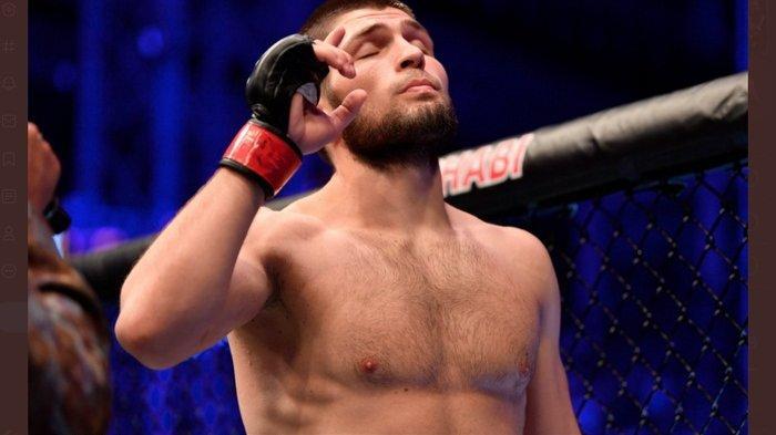 Khabib Nurmagomedov Resmi Pensiun dari UFC, Sampaikan Pesan Menyentuh