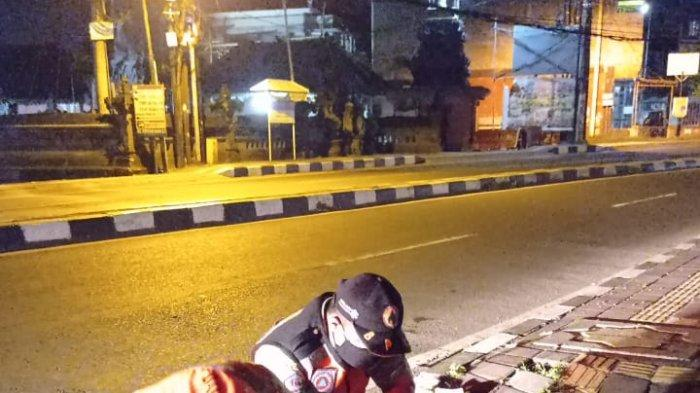Berkendara Saat Mabuk, IWN Tabrak Trotoar di Mahendradatta Hingga Terjungkal