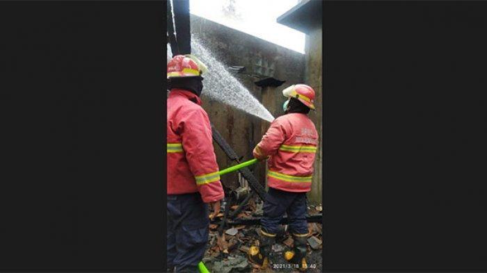Sejumlah Bangunan di Griya Pemedilan Denpasar Terbakar, Sumber Api Diduga Berasal dari Dapur