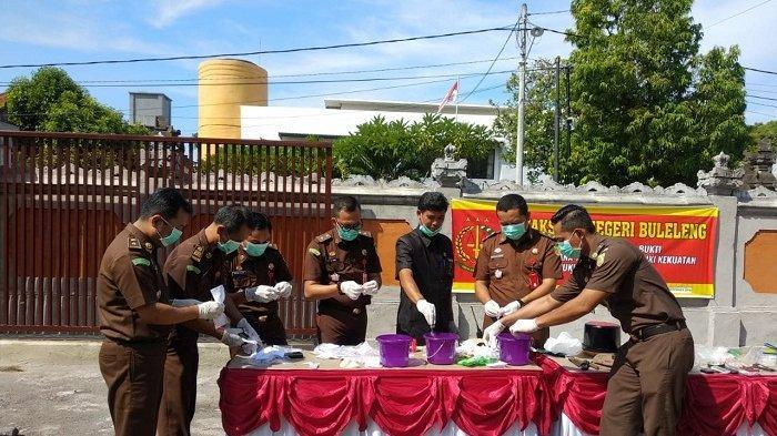 Kejari Buleleng Musnahkan 43.41 Gram Sabu, Sedang Tangani Kasus Persetubuhan dan Korupsi LPD