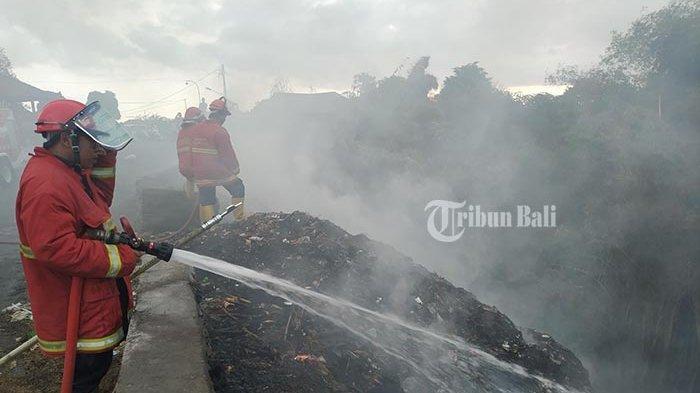 Warga Waswas Dampak Asap TPA, Tempat Pembuangan Sampah di Dusun Lepang Terbakar