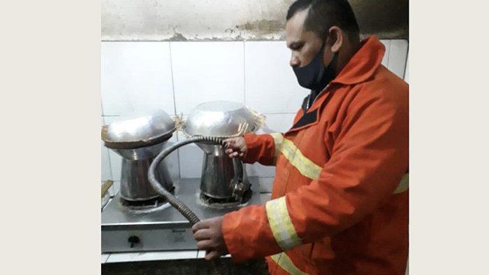 Tabung Gas Bocor Sebabkan Kebakaran di Anjung Betutu Gilimanuk, Warga Bantu Pemadaman