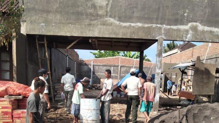 BelumKantongi IMB, Satpol PP Hentikan Pekerjaan Pembangunan di Banjar Kawan Bangli