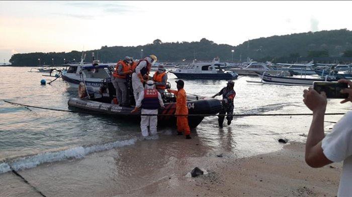 BREAKING NEWS: Tim Gabungan Temukan Jenazah Laki-Laki Mengambang di Perairan Nusa Penida Bali