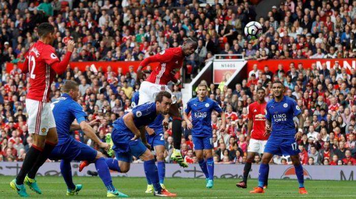 Manchester United Libas Liecester 4-1