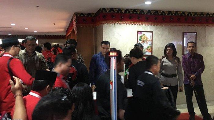 Polda Bali Terjunkan 26 Personel Ditpamobvit Unit Secdoor, Pengamanan Kongres V PDIP di Bali