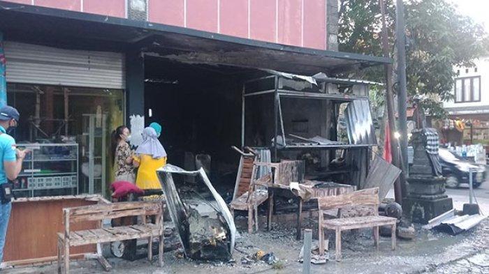 Akibat Tabung Gas Bocor, Warung Ayam Geprek di Bangli Ludes Terbakar