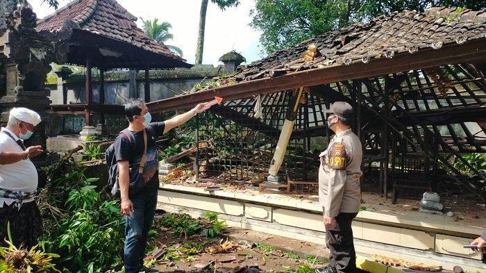 Pohon Tumbang Timpa Bangunan di Payangan, Kerugian Capai Rp300 Juta