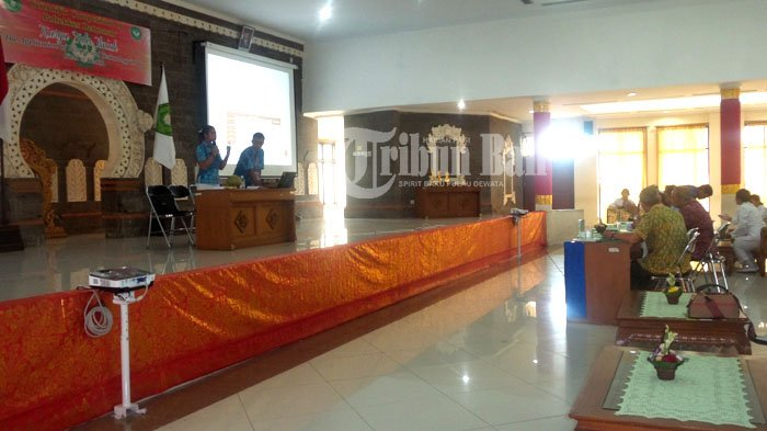 Poltekkes Denpasar Gelar Lomba Karya Tulis Ilmiah, Ini Para Pemenangnya!
