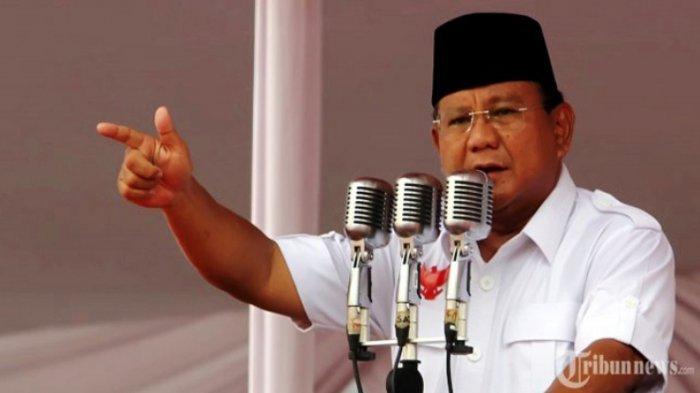 Sindir Kadernya yang Berteduh Gara-gara Tak Tahan Panas, Prabowo: 'Eh, Tampang Lo Gue Catet'