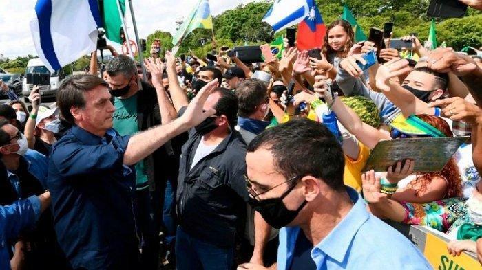 Sepelekan Bahaya Virus Corona, Akhirnya Presiden Brasil Dinyatakan Positif Terinfeksi Covid-19