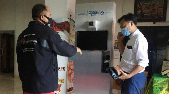 Inovasi di Tengah Pandemi, STMIK Primakara Ciptakan Automatic Inspection Gate