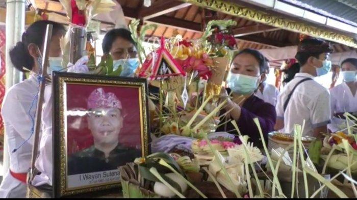 UPDATE: Prosesi Kremasi Wayan Sutena Berlangsung Hari Ini 5 April, Sang Putra: Keluarga Sudah Ikhlas