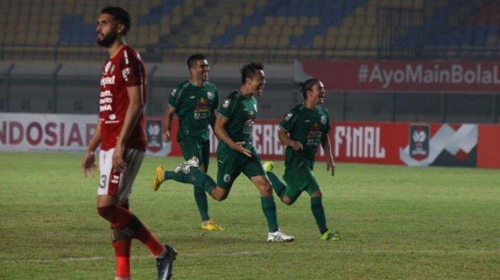 Update Hasil Bali United vs PSS; Drama Kartu Merah Andhika, Dias Angga & Pacheco Gagal Penalti