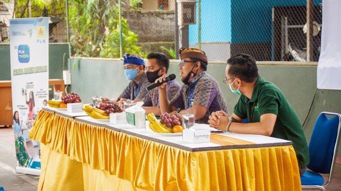 PLN Serahkan Bantuan CSR/ TJSL 1,1 Miliar Rupiah untuk Pembangunan Masyarakat Bali