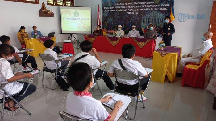 Puluhan Siswa Agama Buddha di Klungkung Ikuti Pembinaan Moderasi Agama