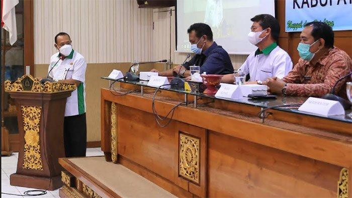 Jelang Pilkel Serentak di Klungkung, Bupati Suwirta Minta Antisipasi Kecurangan dan Politik Uang