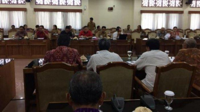 Pekerja Magang Akan Diupah 20 Persen Service Charge, Nyoman Parta Singgung Kelas Bali dan Makassar