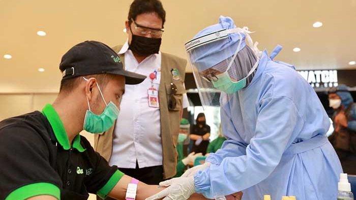 Rapid Test Pengunjung Pusat Belanja di Banyuwangi, Lima Orang Reaktif