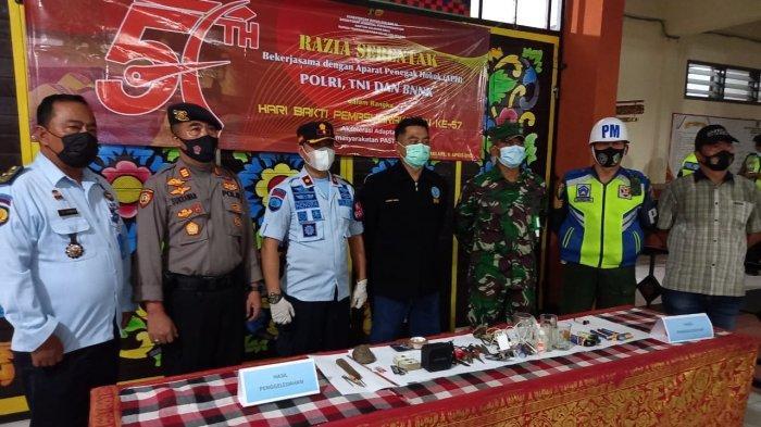 Sisir Blok Napi di Rutan Negara Jembrana Bali, Petugas Gabungan Berhasil Dapatkan Barang Ini