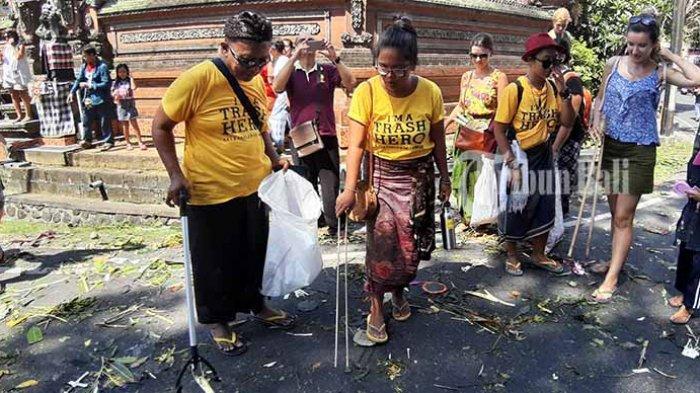 Pahlawan Sampah di Tradisi Mekotek, Trash Hero Ajak Masyarakat Jaga Kebersihan