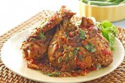 Tambah Selera Makan, Inilah Resep Ayam Goreng Sambal Penyet Kemangi