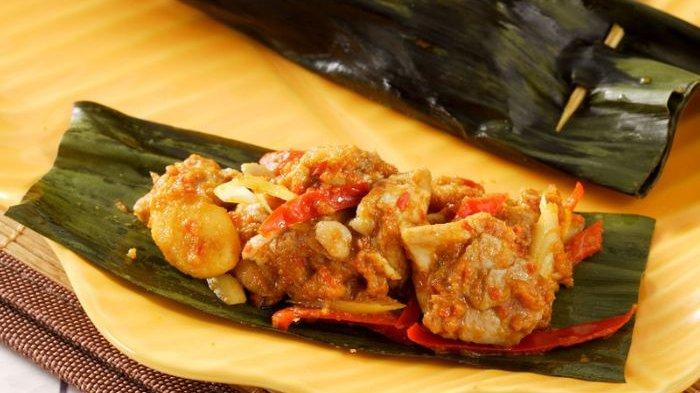 Cuma Butuh 60 Menit, Berikut Resep Pepes Ayam Bumbu Bali