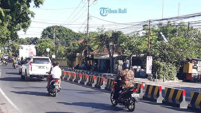 Pembatas Jalan di Teuku Umar dan Hayam Wuruk Denpasar Akan Dipermanen